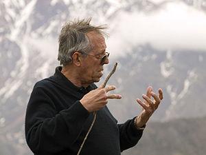 Mario Rodríguez Cobos