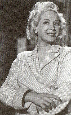 Elena Lucena
